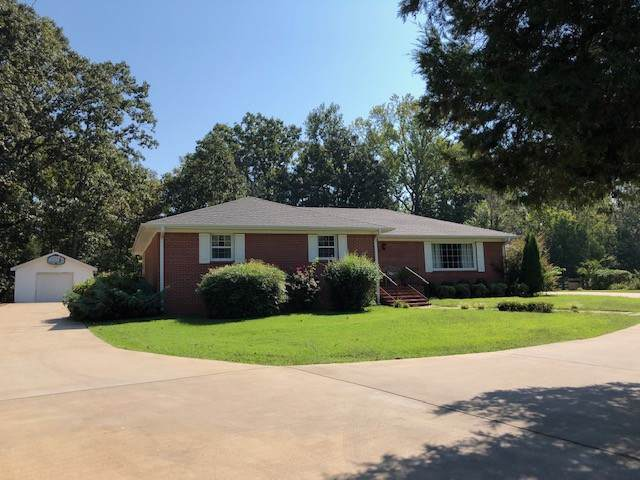 20100 Highway 69 S, Savannah, TN 38372 (MLS #RTC2097046) :: REMAX Elite