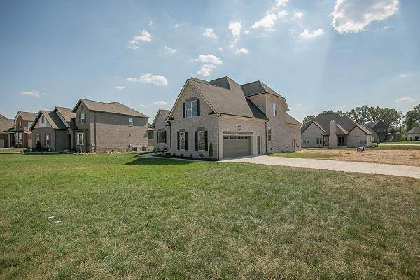 7059 Silver Fox St, Smyrna, TN 37167 (MLS #RTC2098356) :: Felts Partners