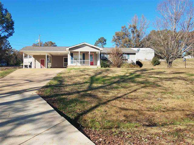 131 Pettigrew St, Parsons, TN 38363 (MLS #RTC2098895) :: The Group Campbell powered by Five Doors Network