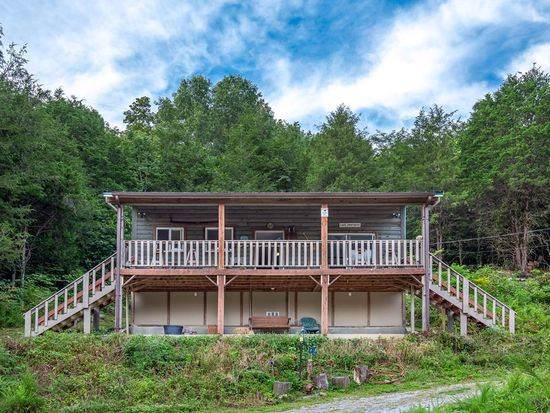 825 Long Branch Rd, Lancaster, TN 38569 (MLS #RTC2099765) :: REMAX Elite