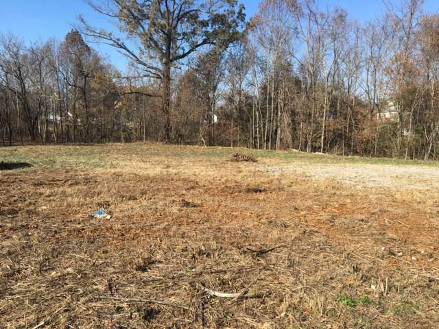 3390 Pembroke Rd, Clarksville, TN 37042 (MLS #RTC2100517) :: John Jones Real Estate LLC