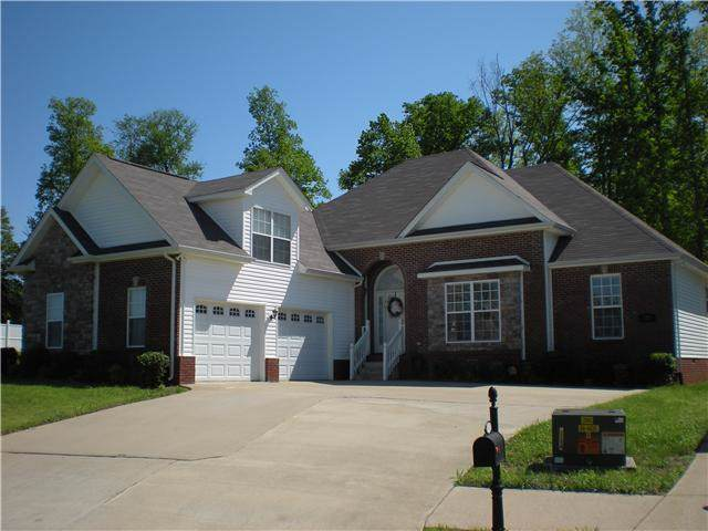 123 Betsy Way Dr, Pleasant View, TN 37146 (MLS #RTC2100865) :: Village Real Estate