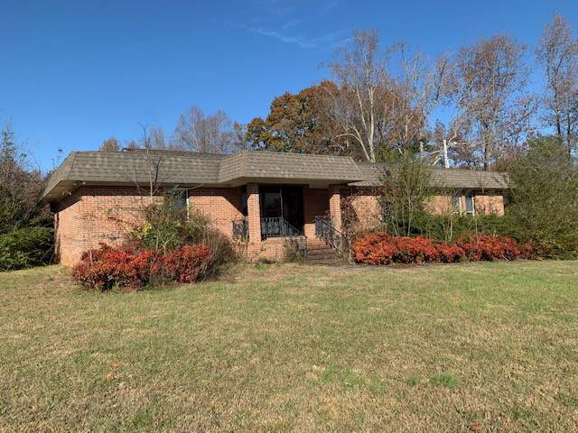 2940 Nashville Hwy - Photo 1