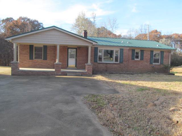 584 Oak Grove Rd, Goodspring, TN 38460 (MLS #RTC2104242) :: Village Real Estate
