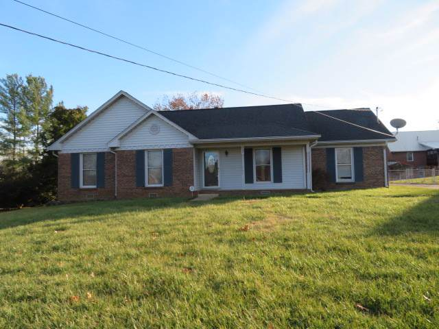 402 Manorstone Ln, Clarksville, TN 37042 (MLS #RTC2104903) :: RE/MAX Homes And Estates