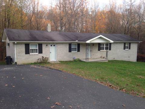 804 Spring St, Red Boiling Springs, TN 37150 (MLS #RTC2105674) :: Village Real Estate