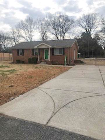 1004 Ashwood Dr, Mount Juliet, TN 37122 (MLS #RTC2106381) :: Ashley Claire Real Estate - Benchmark Realty