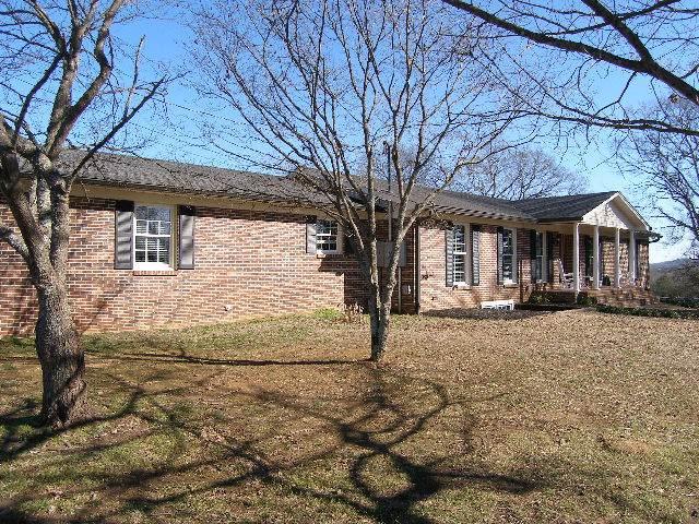 2272 Nashville Hwy, Columbia, TN 38401 (MLS #RTC2113271) :: Five Doors Network