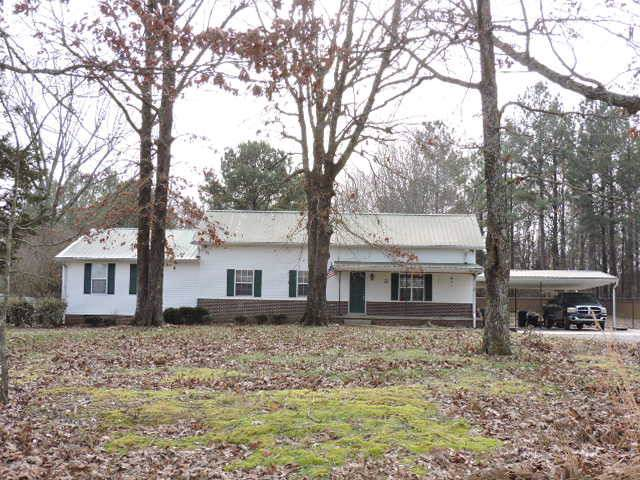 1700 Ogburn Chapel Rd, Clarksville, TN 37042 (MLS #RTC2114762) :: Oak Street Group