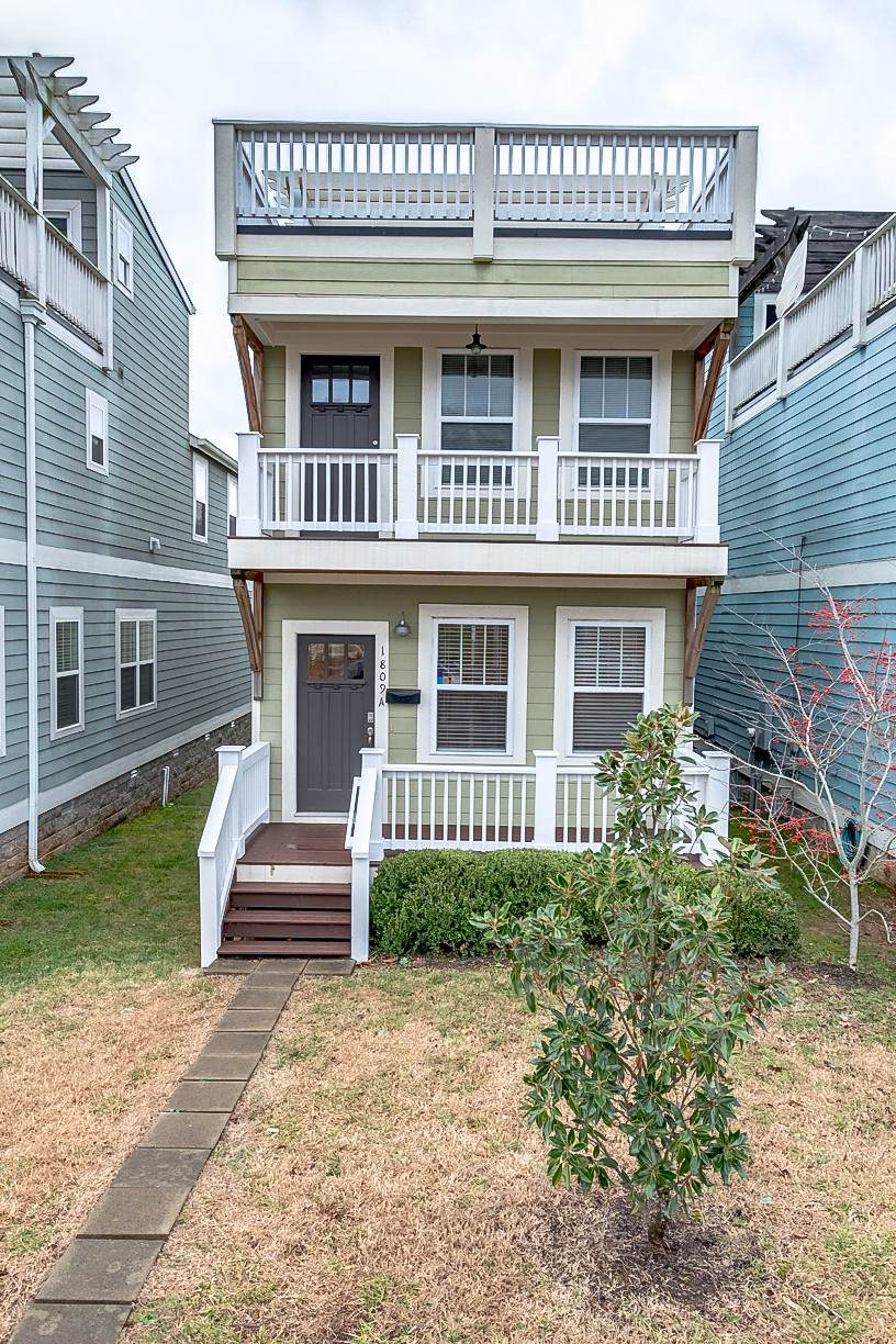 1809A 5th Ave - Photo 1