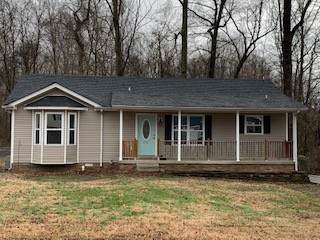 820 Shelton Cir, Clarksville, TN 37042 (MLS #RTC2117370) :: The Group Campbell powered by Five Doors Network
