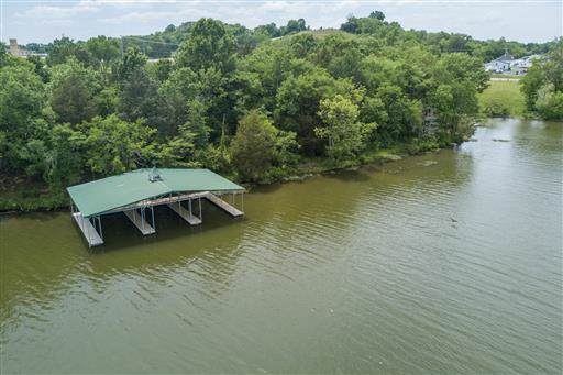 100 Bay Watch Pl, Gallatin, TN 37066 (MLS #RTC2118378) :: The Helton Real Estate Group