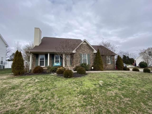 899 S Ridge Trl, Clarksville, TN 37043 (MLS #RTC2118600) :: REMAX Elite