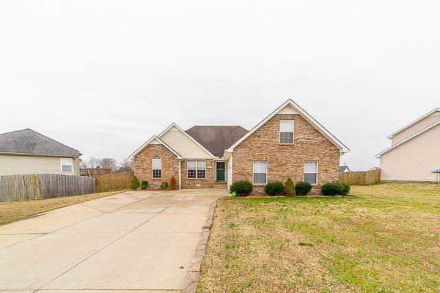 253 Harold Dr, Clarksville, TN 37040 (MLS #RTC2120825) :: Cory Real Estate Services