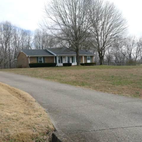 8300 Greenbrier Rd, Joelton, TN 37080 (MLS #RTC2123493) :: Village Real Estate