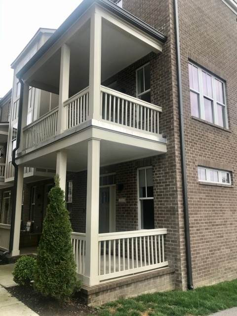 210 Porter Village Cir, Nashville, TN 37206 (MLS #RTC2134441) :: DeSelms Real Estate