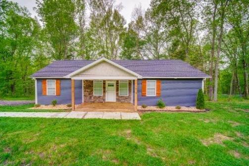 1018 Chris Dr, Portland, TN 37148 (MLS #RTC2147332) :: Village Real Estate