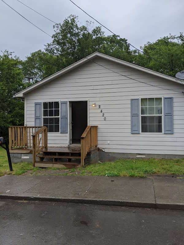2420 Booker St, Nashville, TN 37208 (MLS #RTC2149510) :: Ashley Claire Real Estate - Benchmark Realty