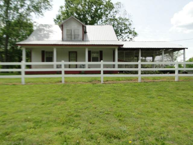 165 Fosterville Rd, Bell Buckle, TN 37020 (MLS #RTC2151028) :: Maples Realty and Auction Co.
