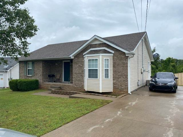 1319 Jared Ray Dr, Clarksville, TN 37042 (MLS #RTC2154125) :: Village Real Estate