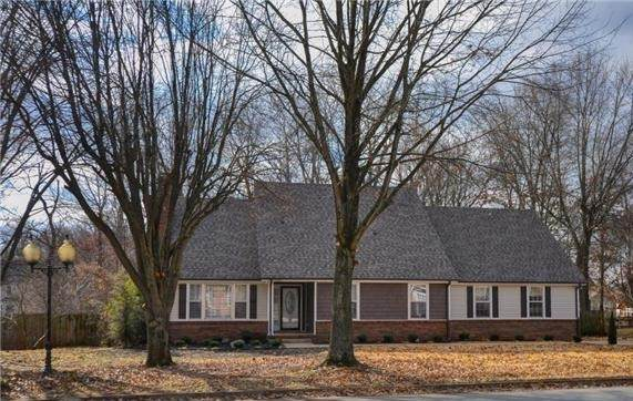 2814 Trelawny Dr, Clarksville, TN 37043 (MLS #RTC2154168) :: Village Real Estate