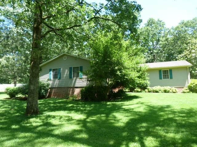 214 Heritage Dr, Tullahoma, TN 37388 (MLS #RTC2154462) :: Village Real Estate