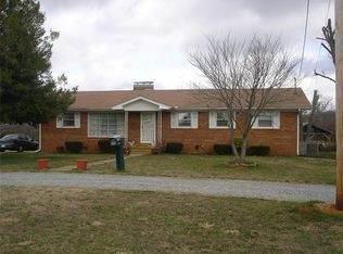4270 Waynesboro Hwy, Lawrenceburg, TN 38464 (MLS #RTC2154524) :: Team George Weeks Real Estate