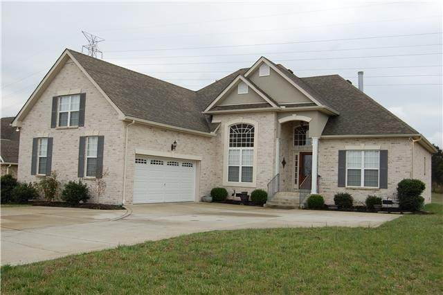 771 Starpoint Dr, Gallatin, TN 37066 (MLS #RTC2154676) :: RE/MAX Homes And Estates