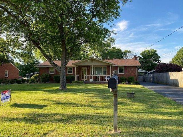 2411 Andrew Pl, Nashville, TN 37216 (MLS #RTC2155276) :: DeSelms Real Estate