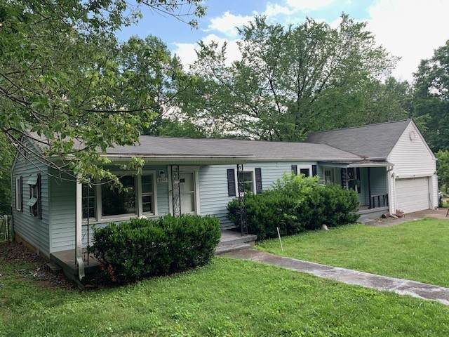 8757 Old Charlotte Pike, Pegram, TN 37143 (MLS #RTC2156943) :: Maples Realty and Auction Co.