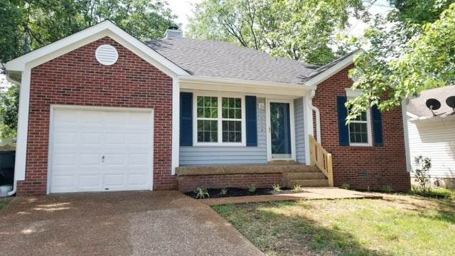 1108 Traceton Cir, Antioch, TN 37013 (MLS #RTC2157214) :: DeSelms Real Estate