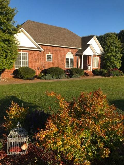 62 Mason Pl, Decherd, TN 37324 (MLS #RTC2162296) :: Morrell Property Collective | Compass RE