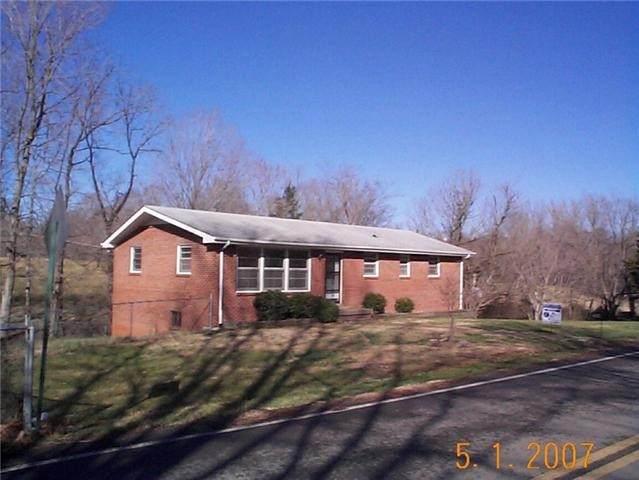603 Dean Rd, Clarksville, TN 37040 (MLS #RTC2163825) :: Village Real Estate