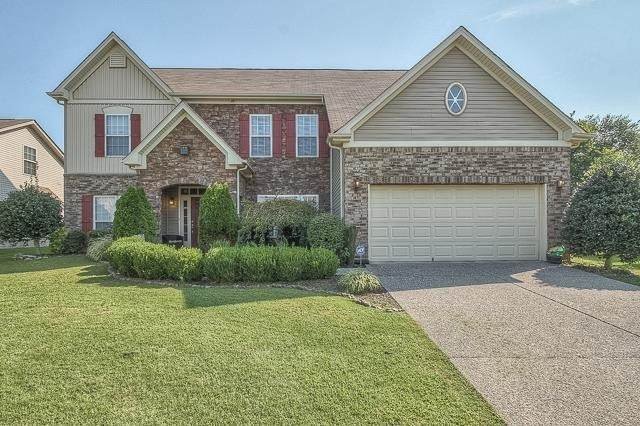 2010 Silverton Cir, Spring Hill, TN 37174 (MLS #RTC2163871) :: Exit Realty Music City
