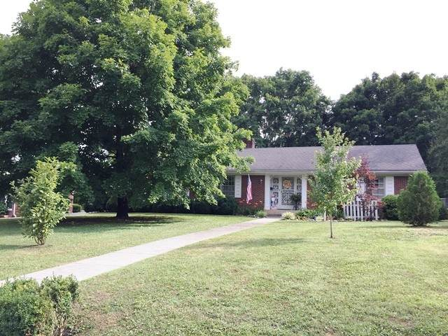111 Westwood 4th Ave, Mc Minnville, TN 37110 (MLS #RTC2164066) :: Village Real Estate