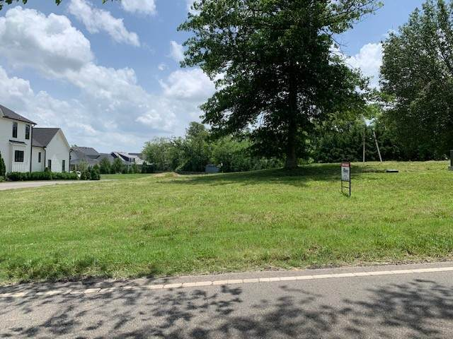 1056 Carlisle Ln, Franklin, TN 37064 (MLS #RTC2164367) :: Benchmark Realty