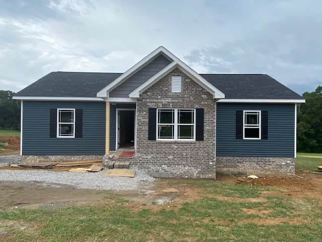 1076 Old County House Rd, Charlotte, TN 37036 (MLS #RTC2165159) :: Ashley Claire Real Estate - Benchmark Realty