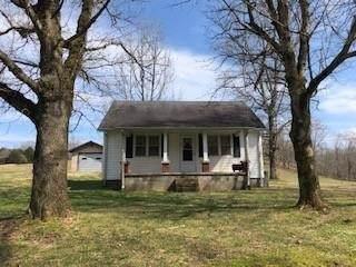 102 Puncheon Creek Road, Lafayette, TN 37083 (MLS #RTC2165261) :: Nashville on the Move