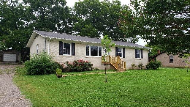 294 Leatherwood Creek Rd, Pulaski, TN 38478 (MLS #RTC2165491) :: The Group Campbell powered by Five Doors Network