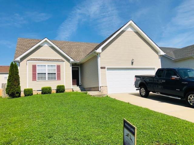 3722 Gray Fox Dr, Clarksville, TN 37040 (MLS #RTC2166276) :: The Group Campbell powered by Five Doors Network