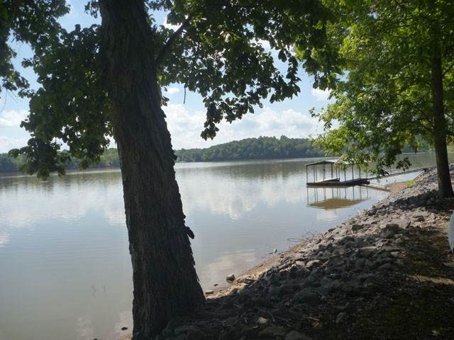 265 Shore Dr N, Cadiz, KY 42211 (MLS #RTC2168525) :: Village Real Estate