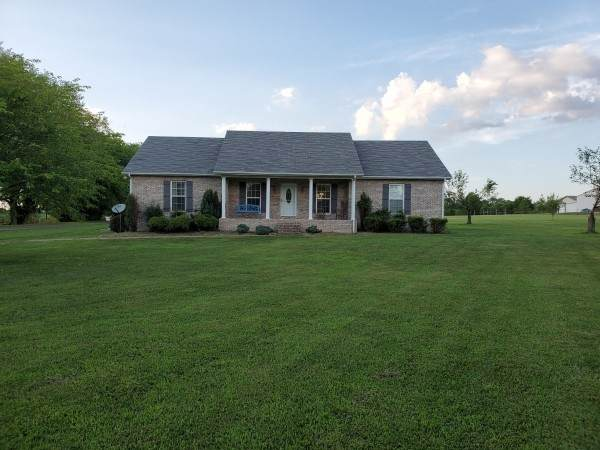 1148 Chenault Ln, Castalian Springs, TN 37031 (MLS #RTC2168551) :: Nashville on the Move