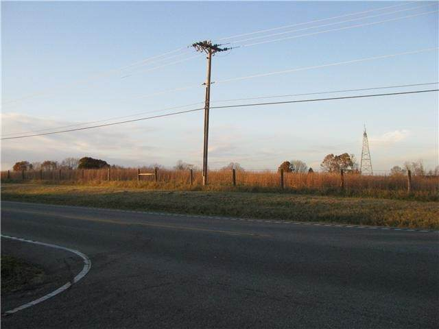3501 Hwy 96, Burns, TN 37029 (MLS #RTC2170210) :: Village Real Estate