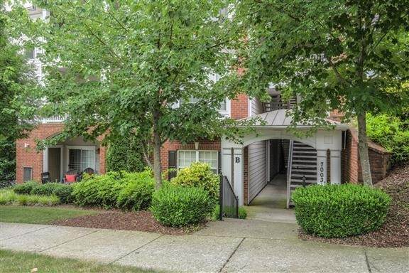 7003 Lenox Village Drive, B11, Nashville, TN 37211 (MLS #RTC2177261) :: John Jones Real Estate LLC
