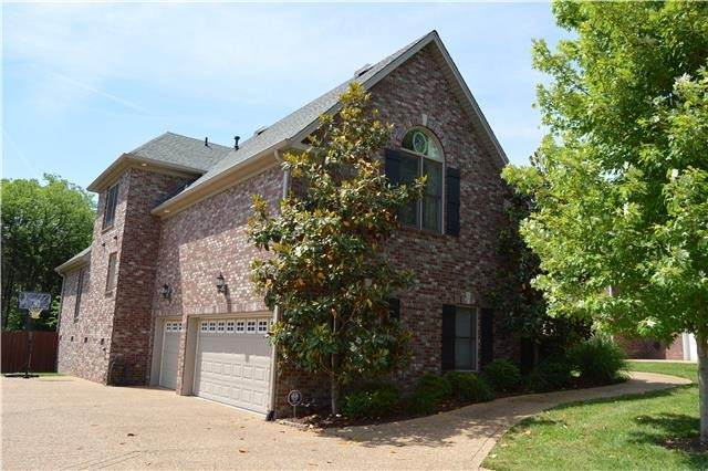 2209 Seven Points Cir, Hermitage, TN 37076 (MLS #RTC2177775) :: Fridrich & Clark Realty, LLC