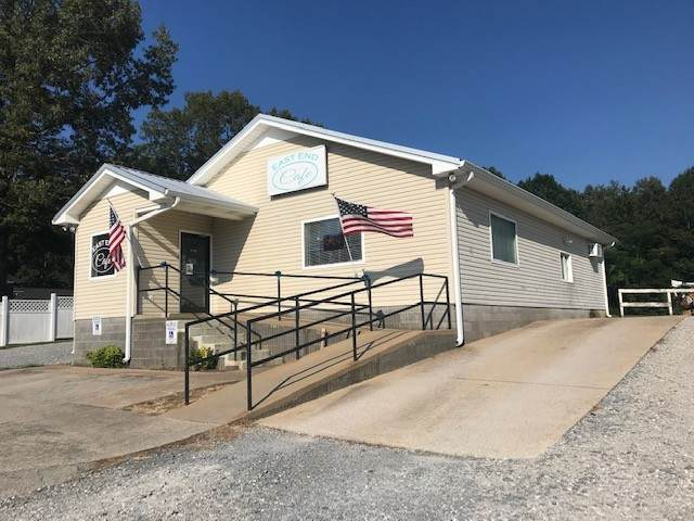4842 Highway 100, Lyles, TN 37098 (MLS #RTC2178000) :: CityLiving Group