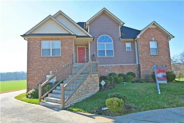 800 Colin Ct, Clarksville, TN 37043 (MLS #RTC2178708) :: Your Perfect Property Team powered by Clarksville.com Realty