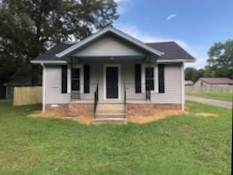 1306 W Lincoln St, Tullahoma, TN 37388 (MLS #RTC2178884) :: Your Perfect Property Team powered by Clarksville.com Realty