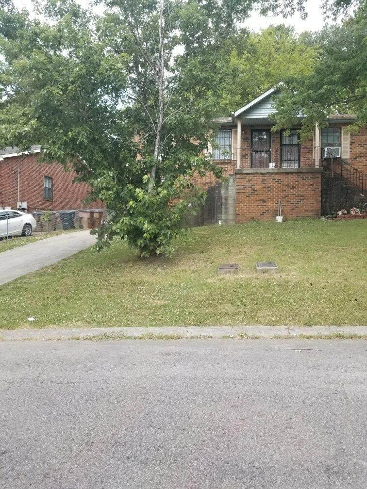 516 Phipps Dr - Photo 1