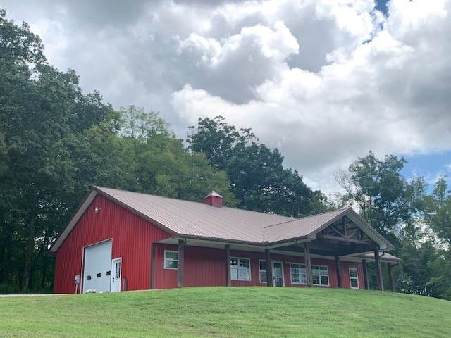 2000 Brown Shop Rd, Petersburg, TN 37144 (MLS #RTC2187759) :: Village Real Estate